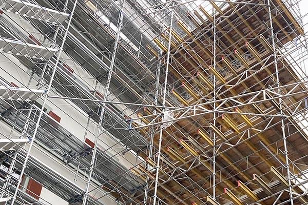 Burrus Nussbaumer Architectes, Rénovation de deux immeubles de logements à Genève / Refurbishment of two housing buildings in Geneva